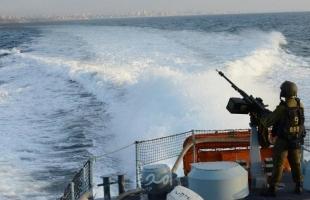 زوارق الاحتلال تهاجم مراكب الصيادين مقابل بحر جنوب قطاع غزة