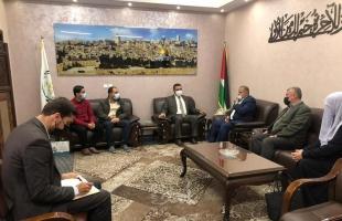غزة: نائب حماس العام يستقبل وفداً من مؤسسة الشيخ احمد ياسين الدولية