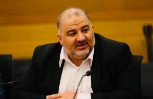 منصور عباس يساعد على ولادة حكومة بنيت لابيد