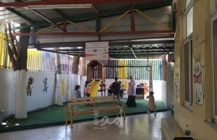 نابلس: المشروبات الوطنية تعيد تأهيل حديقة دار الحضانة في جمعية رعاية الطفل وتوجيه الأم