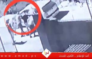 """إعلام محلي ينشر تسجيلات كاميرات المراقبة يزعم أنها لاعتقال """"نزار بنات"""" - صور وفيديو"""