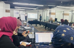 فلسطينيات تنهي تدريباً في الكتابة للقصة الرقمية