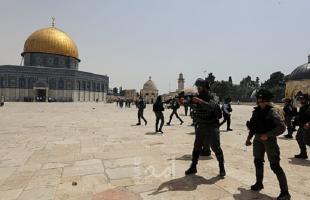 مستوطنون يقتحمون ساحات المسجد الأقصى- فيديو