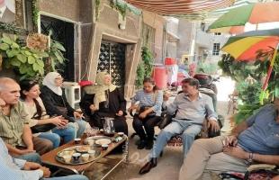 عبد الهادي يتفقد مخيم اليرموك للاجئين الفلسطينيين ويعايد على الأهالي