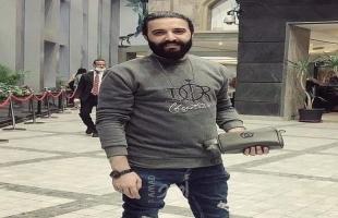 """أمن حماس يفرج عن العائد """"عبد الحميد أبو السعيد"""" وخطيبته تروي تفاصيل إهانتهم بالمعبر"""