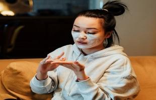 وصفات طبيعية للتخلص من الحبوب الصغيرة فى الوجه