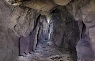 غرفة سرية في كهف تكشف أسرار عن حياة الإنسان البدائي