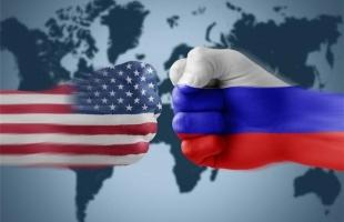 """""""سيناتور روسي"""" يسخر من حديث ناطقة البيت الأبيض عن الحوار مع موسكو"""