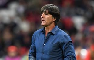 """المدير الفني لمنتخب ألمانيا""""لوف"""" يفقد ثقة الجماهير قبل التأهل إلى يورو 2020"""