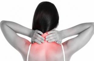 طرق علاج ألم الرقبة