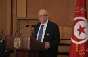 الرئاسة التونسية: صحة الرئيس السبسي في تحسن وأجرى اتصالا هاتفيا مع وزير الدفاع