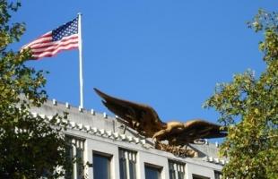 السفارة الأمريكية في تركيا تحذر من هجمات إرهابية وتعلق التأشيرات