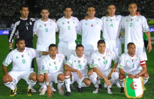 الجزائر ترسم خطة فك عقدة الملاعب المصرية