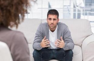 اضطراب القلق العام.. الأعراض والأسباب