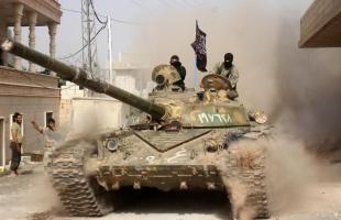 """مقتل 47 عسكرياً سورياً و51 مدنياً إثر هجمات القوات المسلحة بأسلحة """"الناتو"""""""