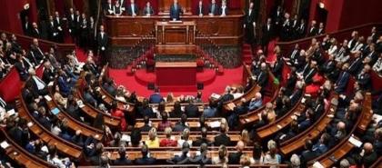 البرلمان الفرنسي يعتمد مشروع قانون الأمن الشامل المثير للجدل