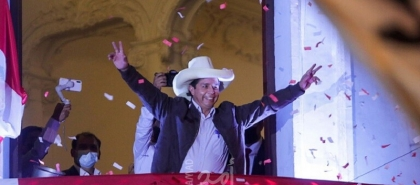 رئيس بيرو الجديد يطمئن معارضيه