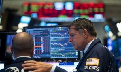 انهيار تاريخي في أسواق الأسهم العالمية