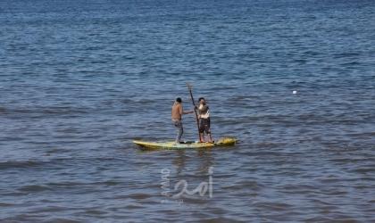 الشرطة البحرية تنقذُ صيادًا في بحر غزة