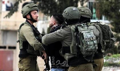 قوات الاحتلال تعتقل 3 مواطنين بالضفة الغربية