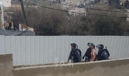 """بالأسماء.. اعتقالات في الضفة والقدس وسلطات الاحتلال تبعد (5) شبان عن """"المسجد الأقصى"""""""