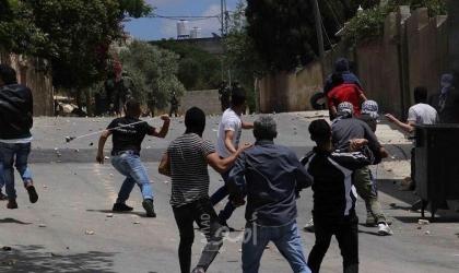إصابتان بالأعيرة الاسفنجية والعشرات بالاختناق خلال قمع جيش الاحتلال لمسيرة كفر قدوم