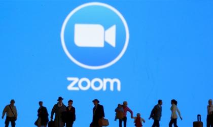 كيف يؤثر تطبيق Zoom على النساء؟