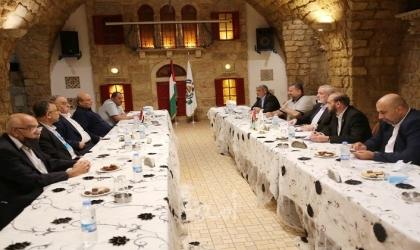 وفد حماس برئاسة هنية يلتقي القيادة العامة والشعبية برئاسة ناجي وفؤاد في بيروت
