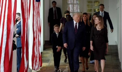 فاينانشيال تايمز: تفشي كورونا في البيت الأبيض يعكس انقسامًا وطنيًا داخل أمريكا