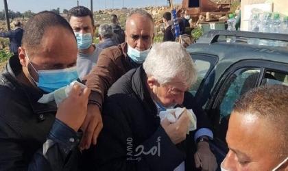 """محدث- إصابة """"محمود العالول"""" و""""عساف"""" و""""صوافطة"""" بالاختناق جراء إلقاء قنابل الغاز"""