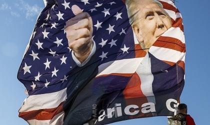 """""""نيوزويك"""": ترامب قد يستعين بميلشيات لتعطيل انتقال السلطة"""