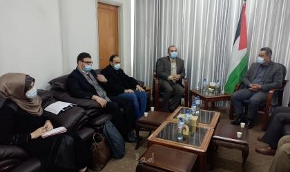 الاقتصاد والعمل في حكومة حماس يناقشان سبل واليات التعاون المشترك