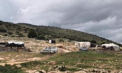 الخارجية الفلسطينية تُدين ممارسة مجلس مستوطنات الأغوار توزيع اخطارات هدم بسطات المواطنين