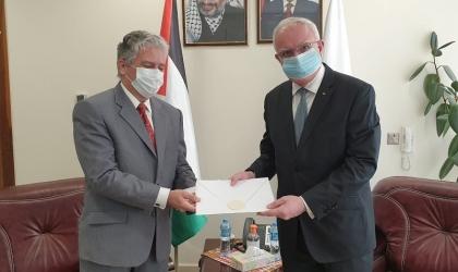 المالكي يتسلم أوراق اعتماد رئيس مكتب تمثيل البرازيل المعتمد لدى فلسطين
