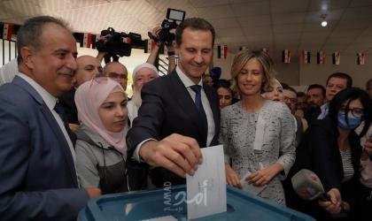 """""""الأسد"""" يدلي بصوته في الانتخابات الرئاسية في مدينة دوما بريف دمشق"""