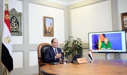 السيسي وميركل يتفقان على تثبيت هدنة غزة واستئناف المفاوضات السياسية