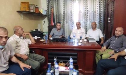 حلس والسفير زملط يؤكدان على العمل المشترك مع هيئة الأسرى حتى حريتهم