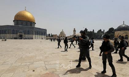 """نقابة الموظفين تدين القرار الإسرائيلي بالسماح للمستوطنين الصلاة الصامتة في """"المسجد الأقصى"""""""