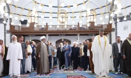 """الرئيس السوري """"بشار الأسد"""" يؤدي صلاة """"عيد الأضحى"""" بحمص"""