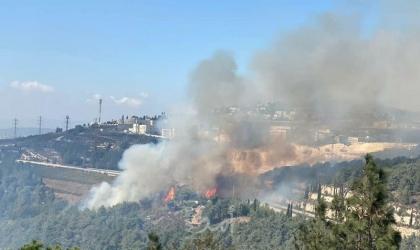 """فرق اطفاء وطائرات اسرائيلية تحاول اخماد """"الحرائق"""" في جبال القدس- فيديو"""