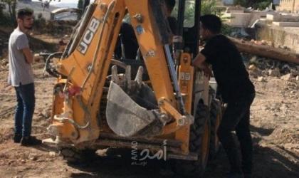 سلطات الاحتلال تنفذ أعمال تجريف بمقبرة الشهداء في القدس