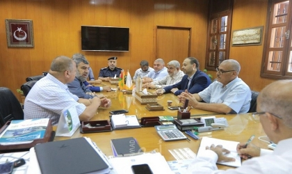 بلدية غزة تبحث مع لجنة حي الشجاعية سبل تنفيذ مشاريع جديدة