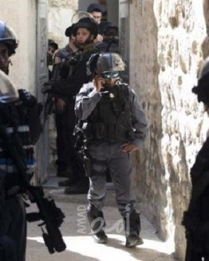 الخليل: قوات الاحتلال تقتحم منزل لأحد المواطنين في تل الرميدة