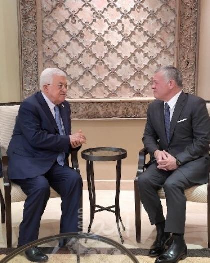 الرئيس عباس يلتقي العاهل الأردني في عمان