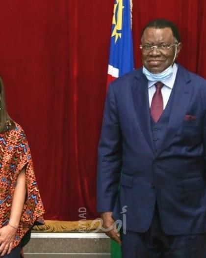 السفيرة حنان جرار تقدم أوراق اعتمادها لرئيس ناميبيا