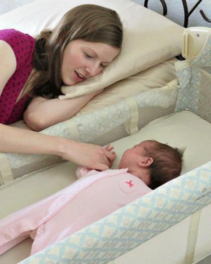 4 أشياء ابعديها عن سرير طفلك الرضيع