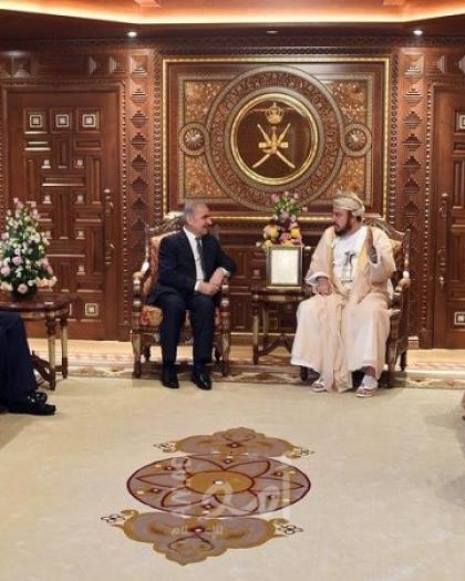 اشتية يبحث سبل تعزيز التعاون والعلاقات الثنائية مع سلطنة عُمان